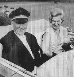 Oberstadtdirektor Fritz Kleffner und Anneliese Hötten