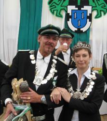 Königspaar 2011-2013: Wolfgang I. (Vornefeld-Sühling) und Andrea I. (Köß)
